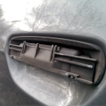 Audi_a4_B5-Demontaz_nakladek_zewnetrznych_klamek_07