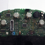 audi-a4-b5-naprawa-wyswietlacza-fis-w-liczniku-08