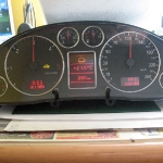 audi-a4-b5-naprawa-wyswietlacza-fis-w-liczniku-42