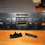 audi-a4-naprawa-obudowy-klimatronika-2din-07